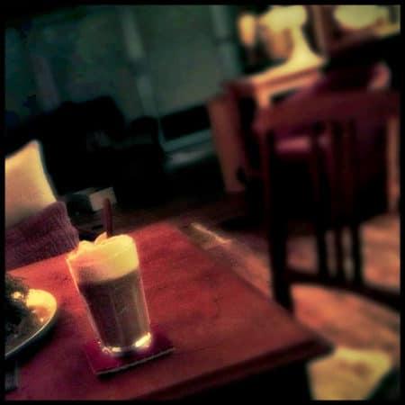 Latte macchiato Zuhause trinken